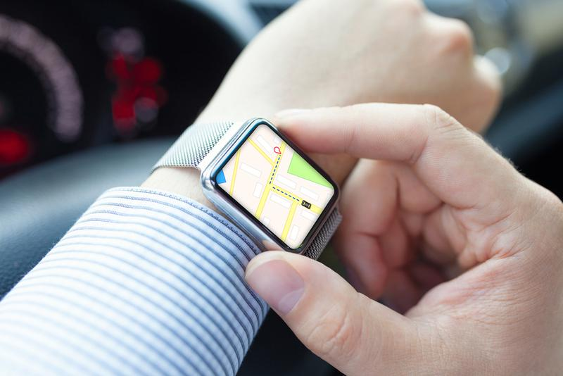 9e73c5e650 そしてもうひとつ、使ってみると意外に便利なのが、スマートウォッチからスマートフォンの機能やアプリを操作できる機能。つまり「スマートウォッチが スマートフォンの ...