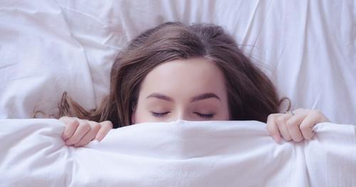 ぐっすり快眠できると噂のガジェットはこの3つ! | エレクトロニクス | LEON レオン オフィシャルWebサイト